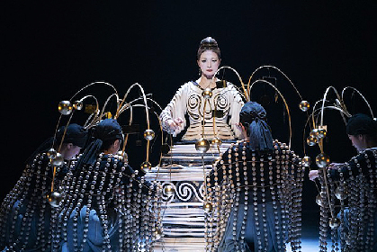 演出家・宮城聰が語る、SPAC公演『顕れ〜女神イニイエの涙〜』