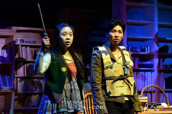 ピンキーとクランジョ姉弟を演じた、イ・ヒョンジュ(左)とキム・ヨンテク