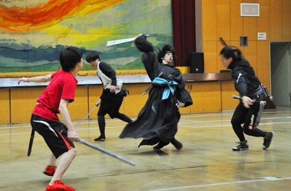 (左から)三好大貴、松井勇歩、三津谷亮(D-BOYS)、杞山星璃
