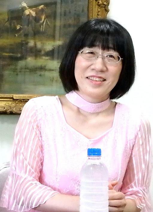 姉役の渡辺江里子