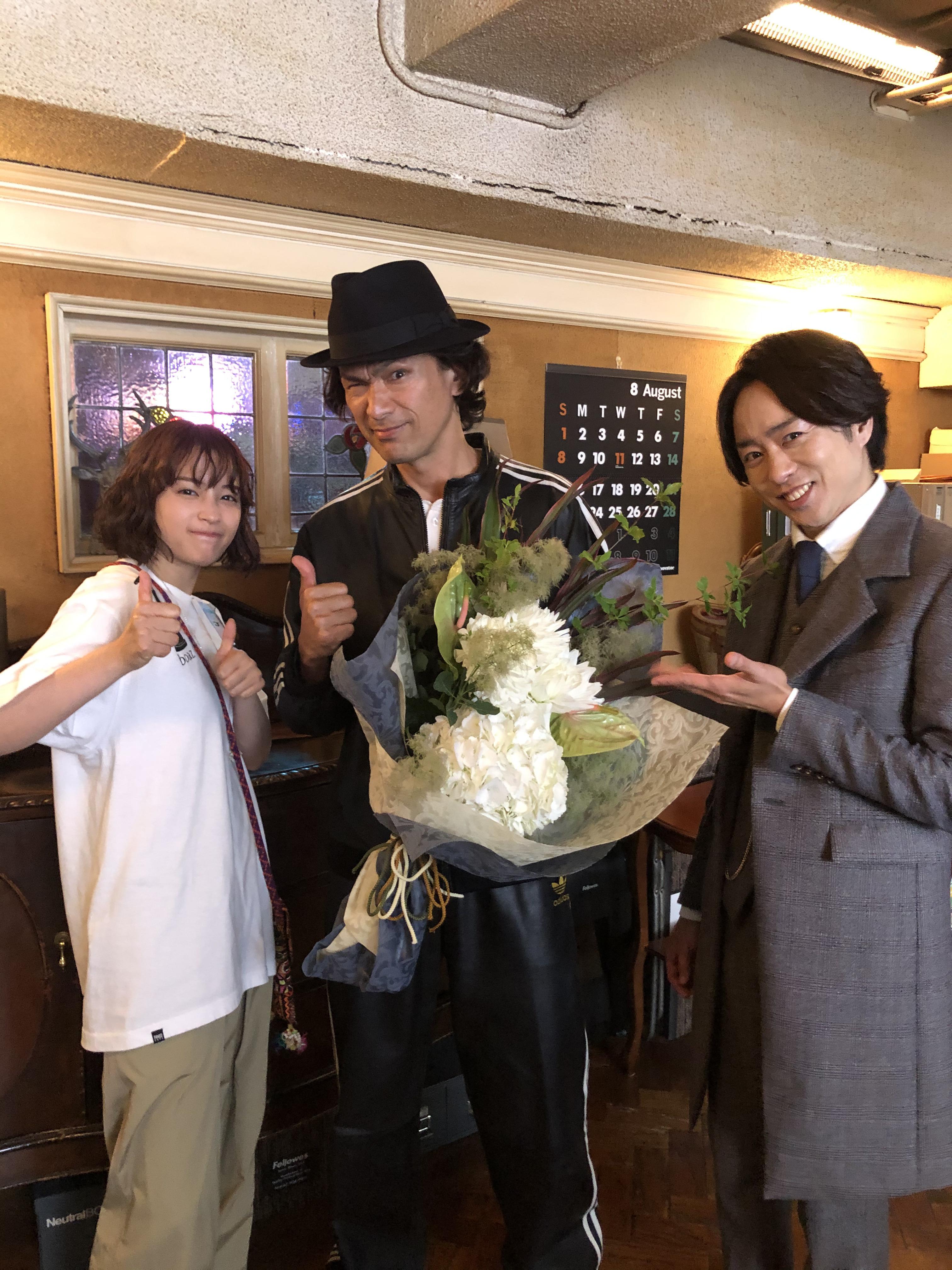 左から、広瀬すず、江口洋介、櫻井翔 (C)日本テレビ