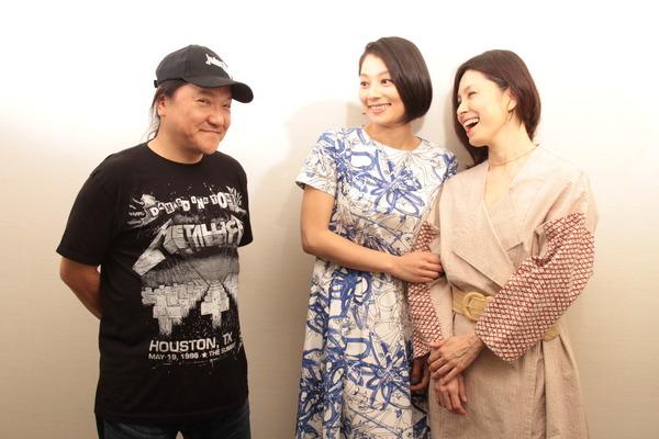 (左から)いのうえひでのり・小池栄子・高田聖子