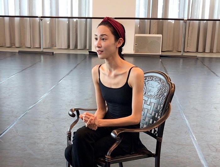 上海での『朱鷺』の公演の合間を縫ってインタビューに応えてくれた朱。