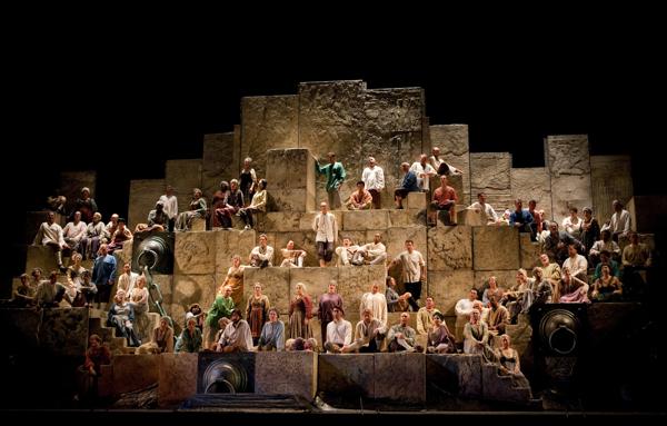 『ナブッコ』 ⒸMarty Sohl/Metropolitan Opera