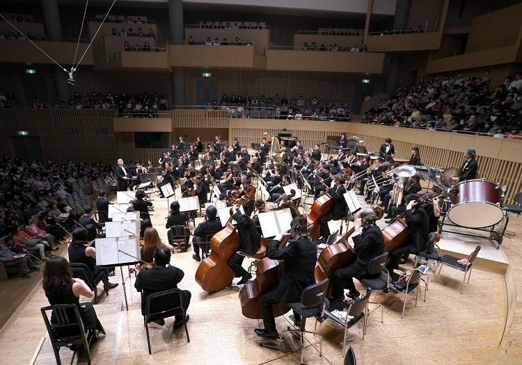 大編成のオーケストラサウンドをコンサートホールでお聴き下さい! (c)Tatsuo Sasaki
