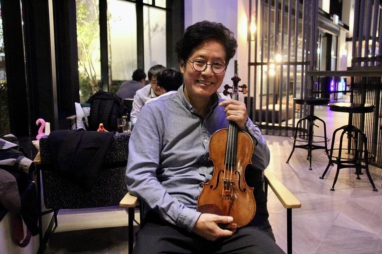 おかげさまで充実した音楽人生を送っています  (C)H.isojima