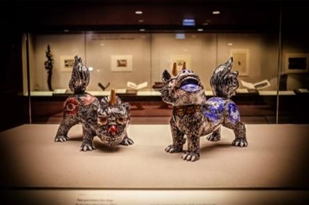 『天地の守護獣』(有田焼大英博物館収蔵作品)