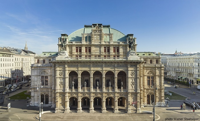 ウィーン国立歌劇場外観