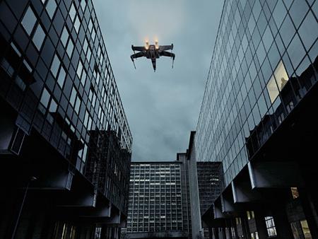 Dark Lens, X-Wing & Vader, Lille, 2007 © Cédric Delsaux
