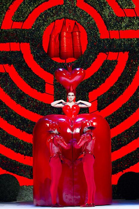 Alice in Wonderland. Zenaida Yanowsky as the Queen of Hearts.