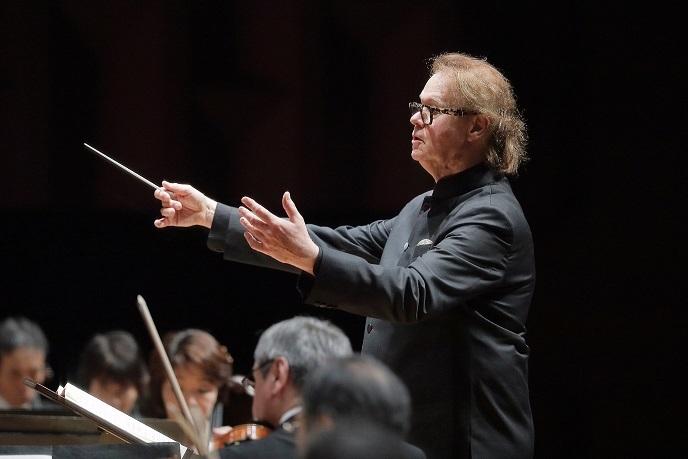 就任8年目のシーズンを迎えるデュメイ音楽監督と関西フィル (C)s.yamamoto
