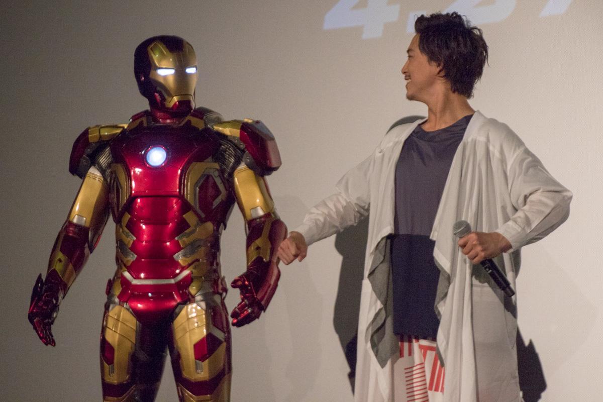 左から、アイアンマンと佐野岳