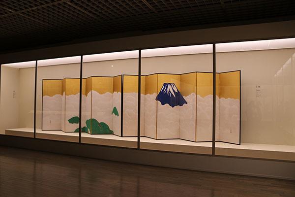 《群青富士》(1917年頃、静岡県立美術館)