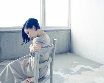 坂本真綾 両A面シングル「独白↔躍動」で刻んだ『FGO』との関係性 「今は作り手の一人に混ぜてもらっている感じ」
