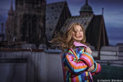 """来日直前! """"現代最高のソプラノ""""アンナ・ネトレプコに突撃インタビュー「とても楽しみです!」"""