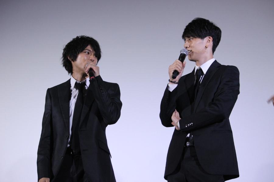 映画『闇金ドッグス6』 左から、山田裕貴、青木玄徳