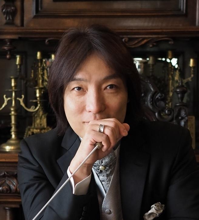 日本センチュリー交響楽団 首席指揮者 飯森範親 (C)山岸伸