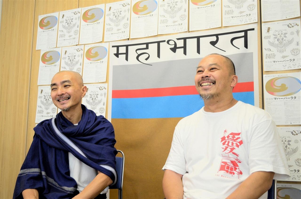 (左から)リー・スイキョン、小谷野哲郎