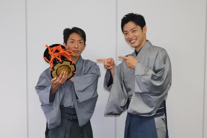 (左から)望月左太寿郎、望月秀幸