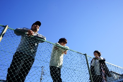 ウソツキ、東京の3会場でマンスリー・ワンマン開催  8月はスキマスイッチ・常田がゲストに