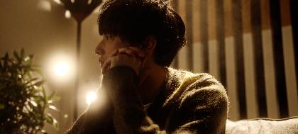 向井太一、演技に初挑戦した撮影の裏側を追った「Colorless」MVメイキング映像&実際に使用された脚本を公開