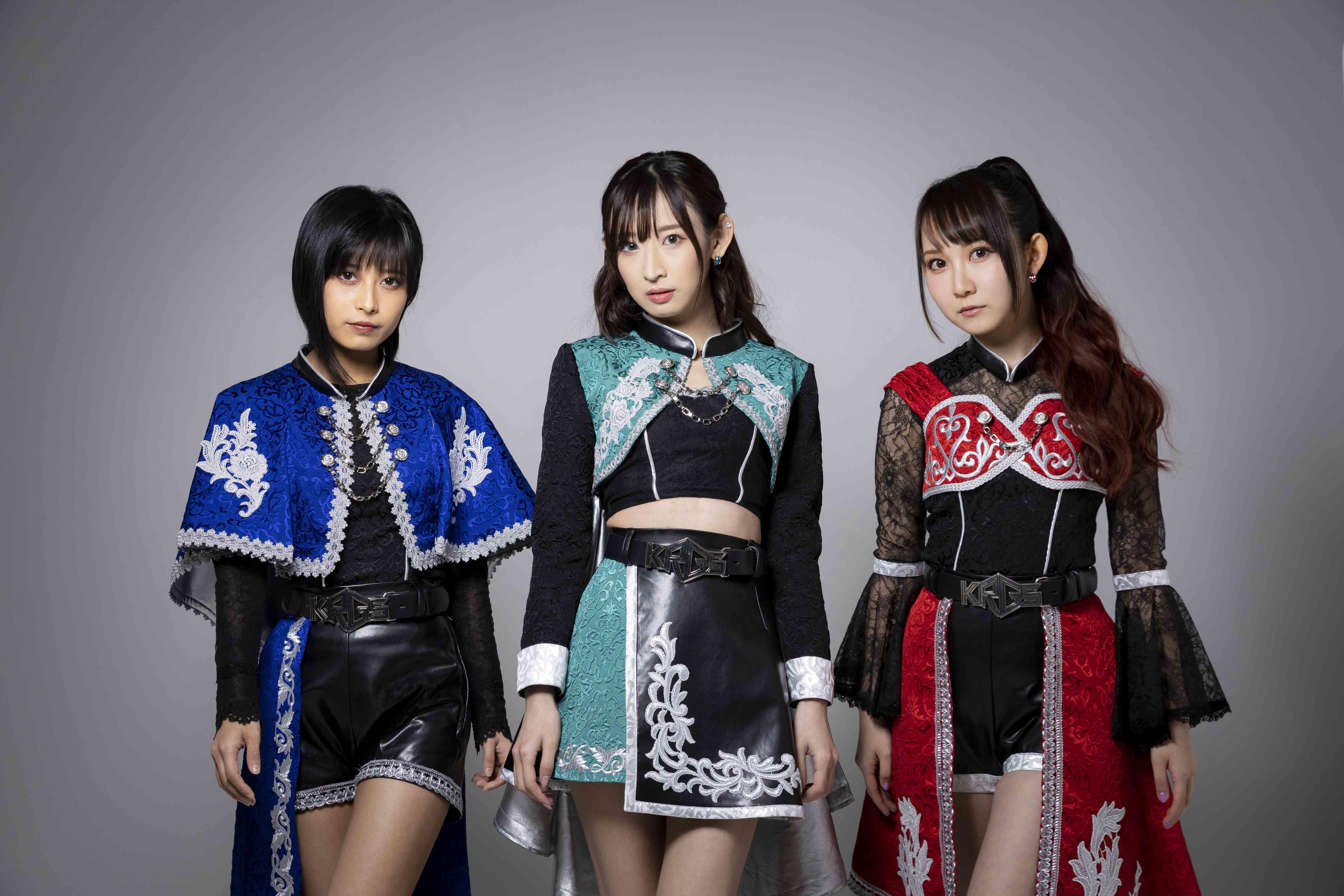 左から鷲見友美ジェナ、井坂仁美、秋田知里