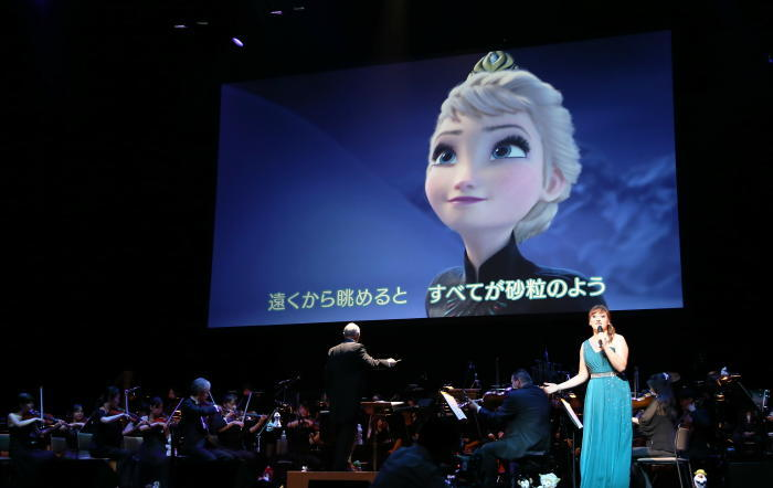「レット・イット・ゴー」 (c)Disney 写真提供:ハーモニージャパン株式会社