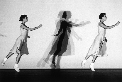 ベルギーの国際的コンテンポラリー・ダンス・カンパニー「ローザス」2年ぶりの来日で新旧の2作品上演