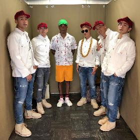 ファレル・ウィリアムス、日本でカレー店のカウンターに立つ 佐野玲於&岩田剛典も登場するHONEST BOYZ「TOKYO DIP」MVを公開