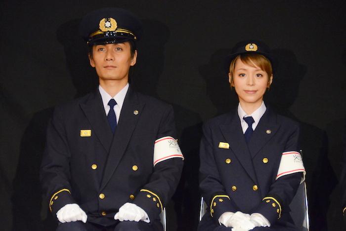 加藤和樹と平野綾(左から)