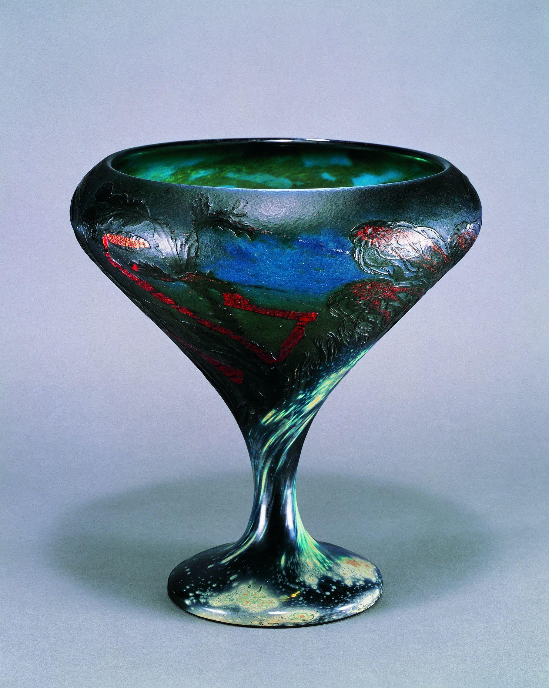 《くらげ文大杯》1898-1900年 サントリー美術館蔵(菊地コレクション)(C)TAKESHI FUJIMORI