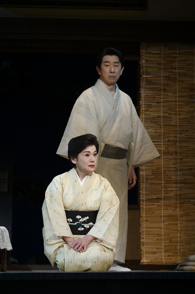 (左から)大竹しのぶ、段田安則