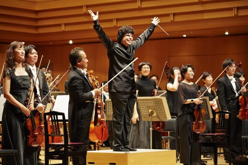 今回の演奏会も大成功の予感漂うバッティストーニ&東京フィル (C)上野隆文