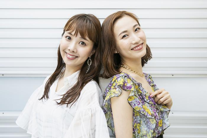 (左から)妃海風、実咲凜音
