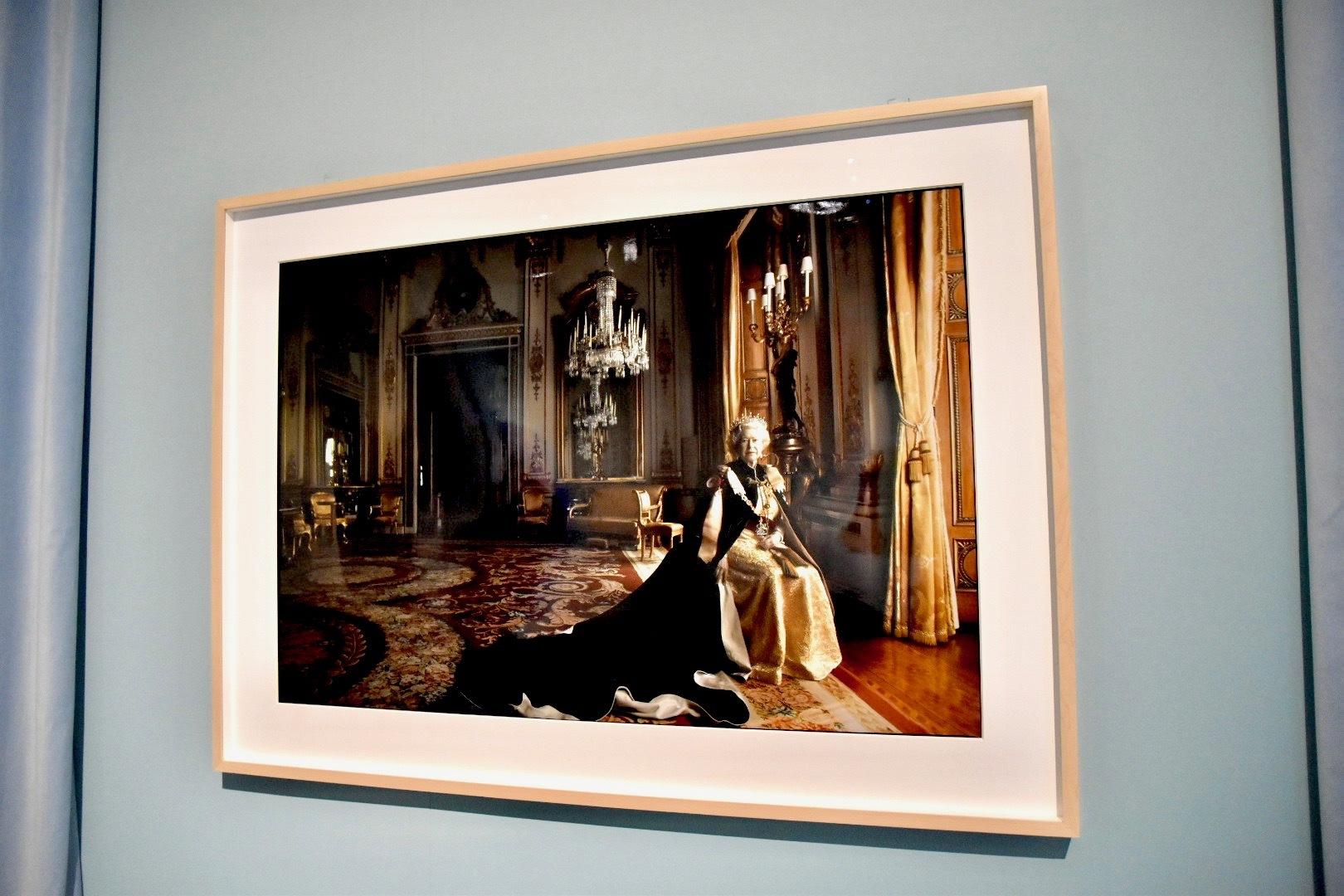 アニー・レイボヴィッツ撮影《エリザベス2世》2007年撮影