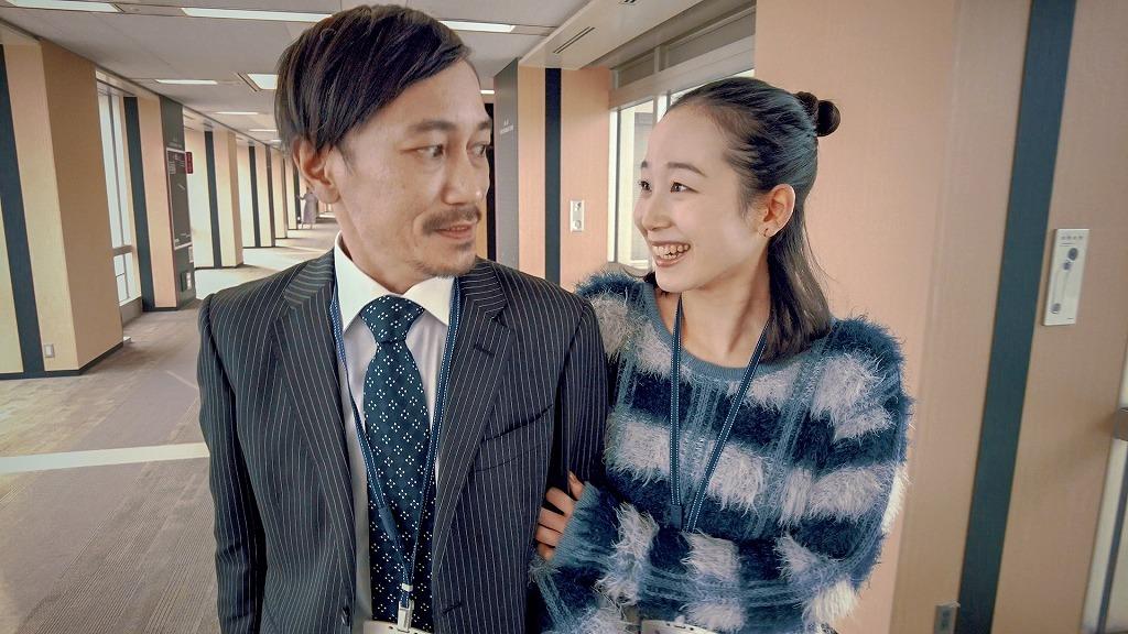 「エンドレスチャンネル8」(左から)中川晴樹、天野はな