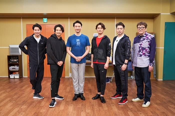 (左から)平方元基、井上芳雄、岡幸二郎、加藤和樹、岸祐二、福田雄一