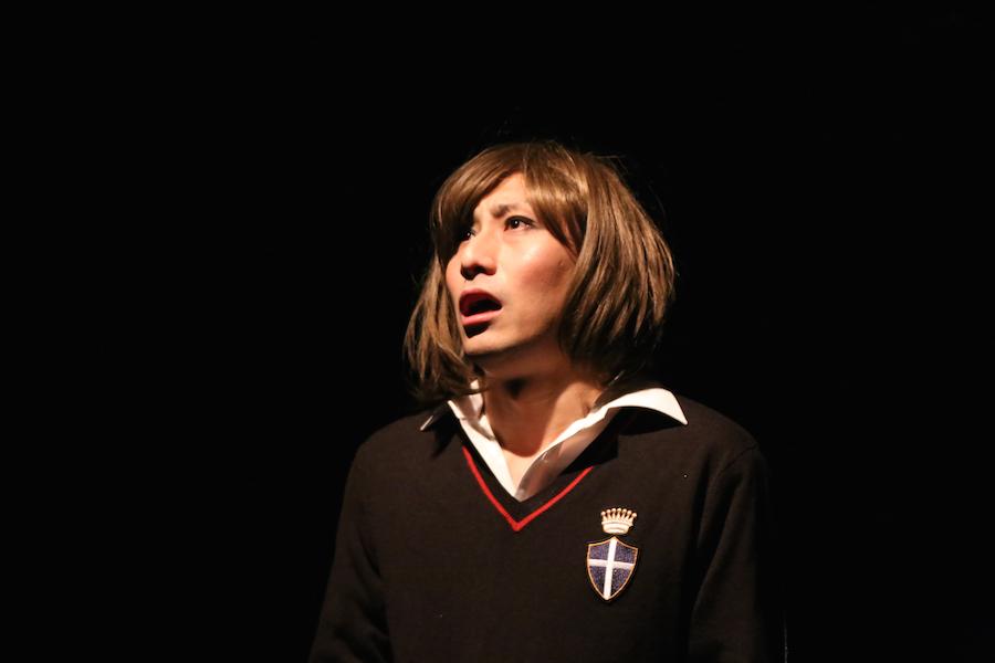 昨年上演され、〈東海版〉の優秀作品として《大阪本選》に招聘された『パレード』(脚本・演出・出演:宮谷達也)の上演風景より