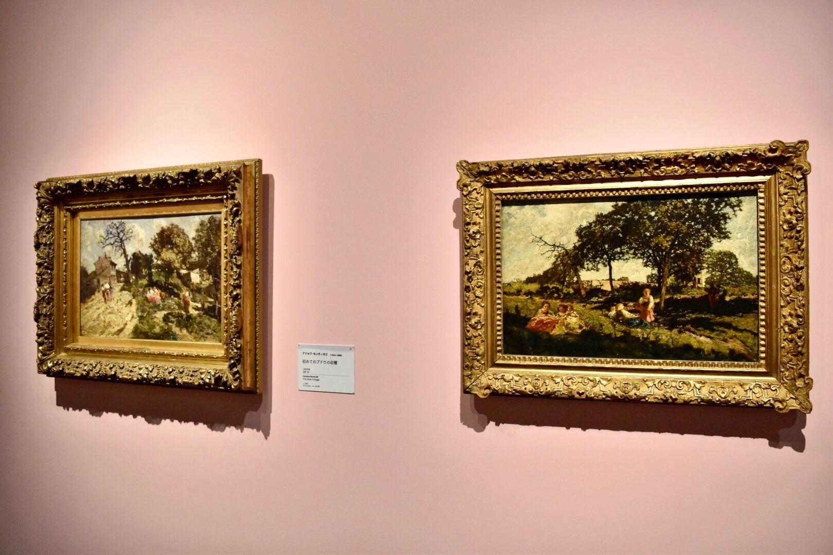 左:アドルフ・モンティセリ 《初めてのブドウの収穫》 1868年頃 油彩、板 (C)CSG CIC Glasgow Museums  Collection 右:アドルフ・モンティセリ 《庭で遊ぶ子どもたち》 1867年頃 油彩、板 (C)CSG CIC Glasgow Museums Collection