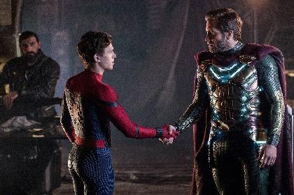 『スパイダーマン:ファー・フロム・ホーム』本編映像の一部を公開 新ヒーロー・ミステリオがピーターの悩みに耳を傾ける
