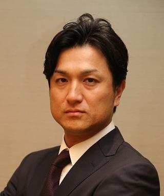 東京ドームで高橋由伸氏が始球式を行う