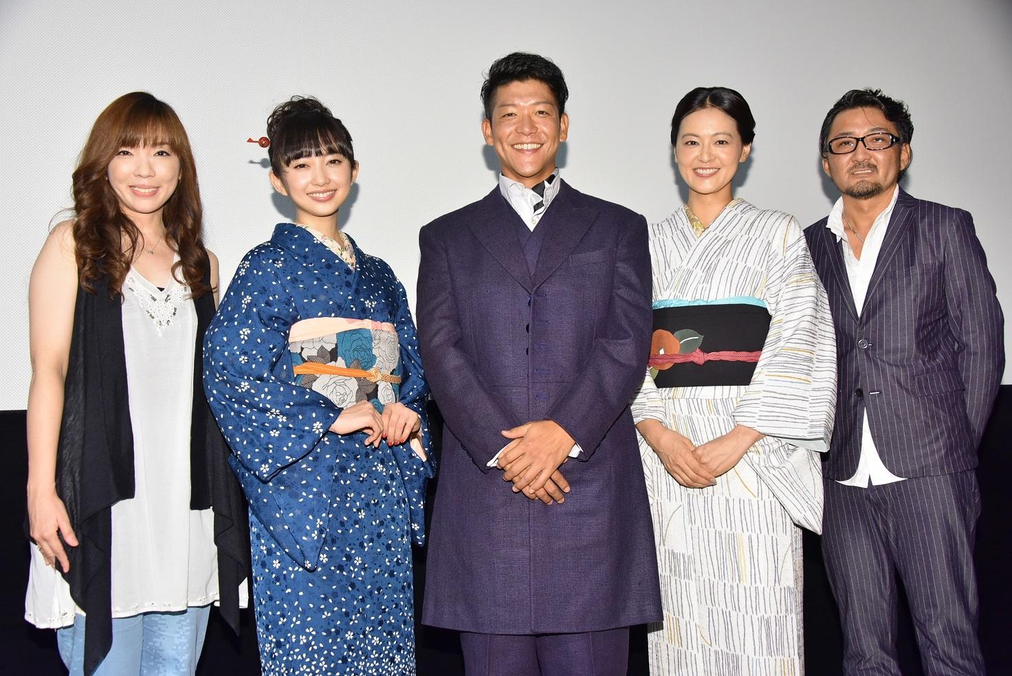左から、mayo(岡本真夜)、小宮有紗、駿河太郎、黒谷友香、宮野ケイジ監督 撮影=石井隼人
