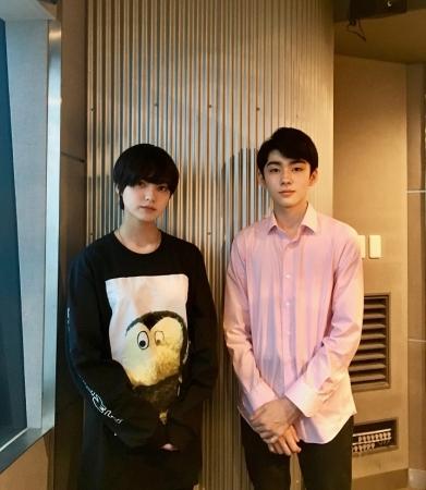 左から、平手友梨奈(欅坂46)、八代目市川染五郎