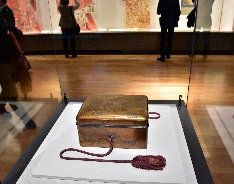 夕顔蒔絵手箱 重要文化財 室町時代・15世紀 京都・相国寺蔵