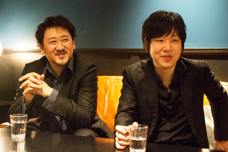インタビューの模様 (左から)平野公崇・田中拓也 (撮影=原地達浩)