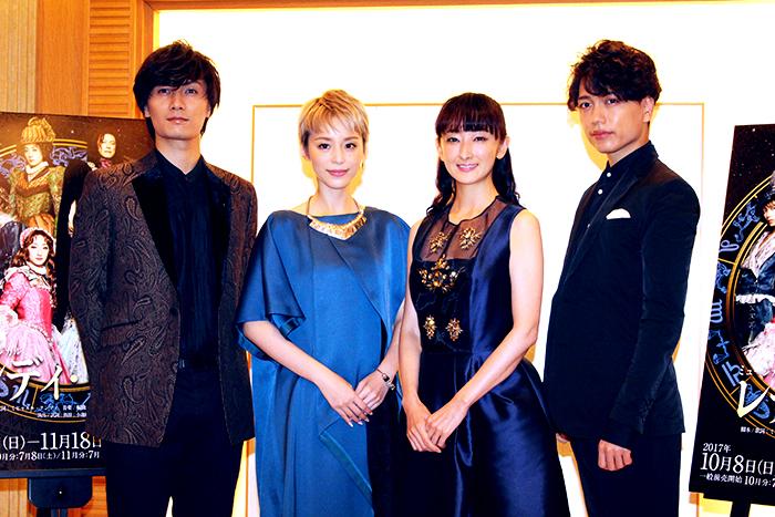 (左から)加藤和樹、平野綾、花總まり、山崎育三郎