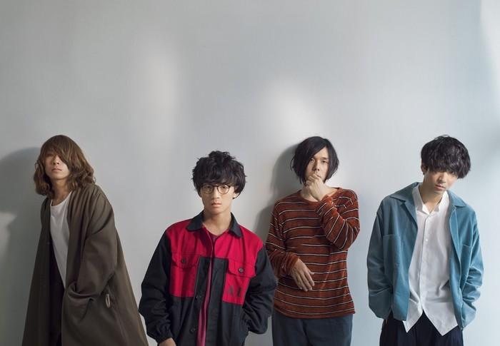 ヒトリエ(wowakaは左から2番目)