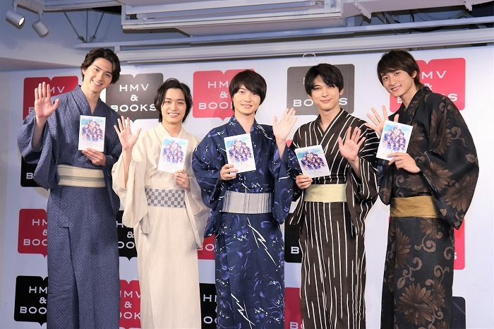 (左から)甲斐翔真、松岡広大、神木隆之介、吉沢亮、小関裕太