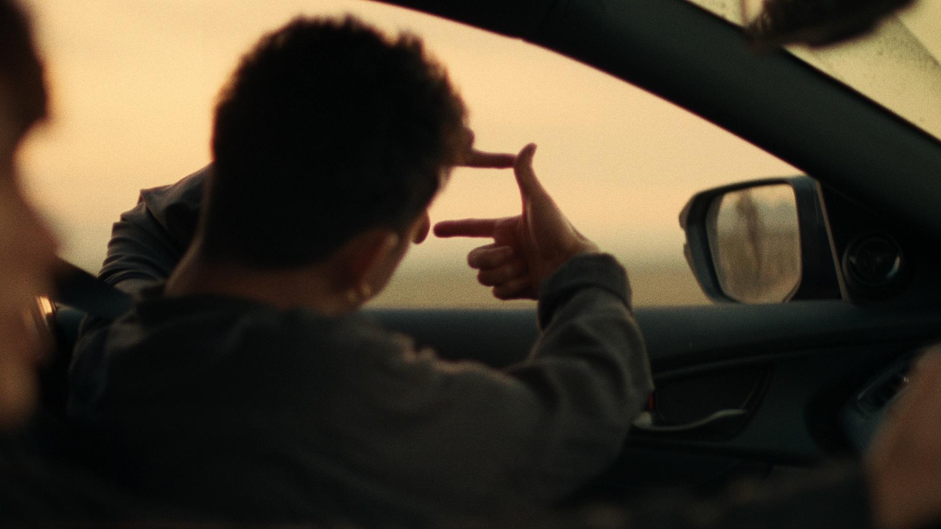 ONE OK ROCK × 庵野秀明『Go, Vantage Point.』(60秒)