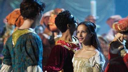 バレエ映画『ロミオとジュリエット』 ジュリエット役のフランチェスカ・ヘイワードのインタビュー映像が到着